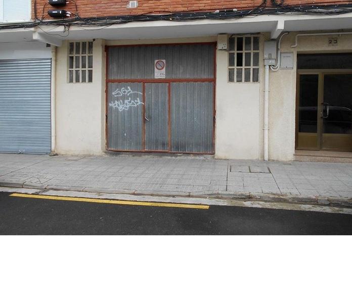 Local con Vado: Venta y alquiler de inmuebles de Inmobiliaria Renedo