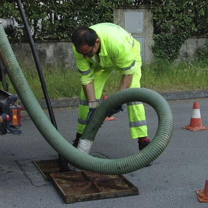 Gases nocivos de fosas sépticas y alcantarillas