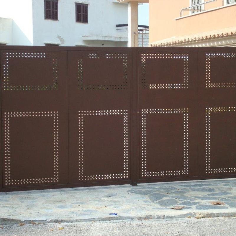 Carpintería metálica: Productos y servicios de Jaume Font Fustería Metálica