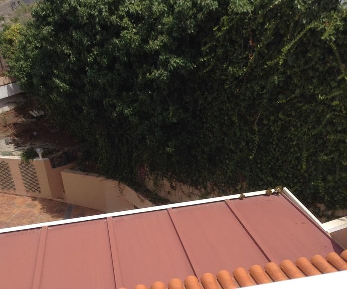 Sellamiento planchas falso techo. Reforma en vivienda en Santa Cruz de Tenerife