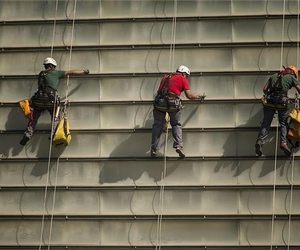 Medidas de seguridad a tener en cuenta en la rehabilitación de fachadas