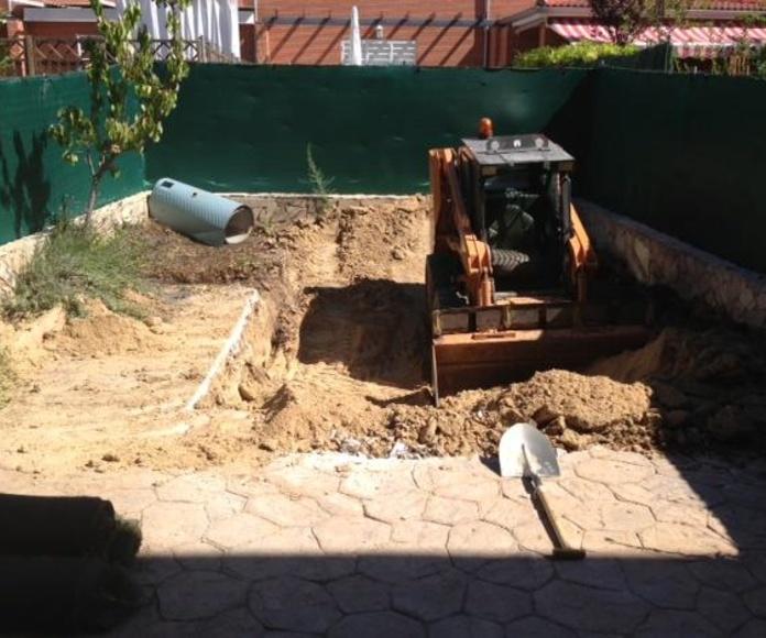 excavadora mini para hacer el agujero