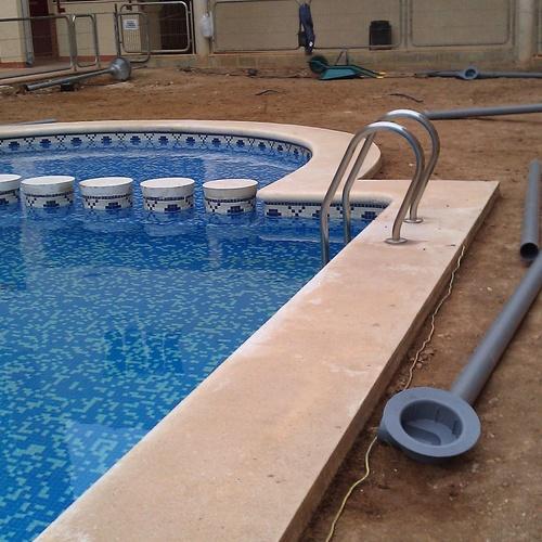 restauracion piscina instalacion de pvc