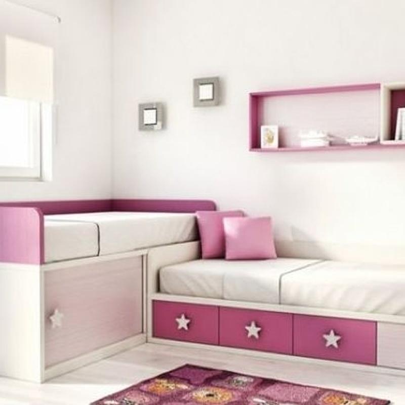 Dormitorio infantil blanco y rosa