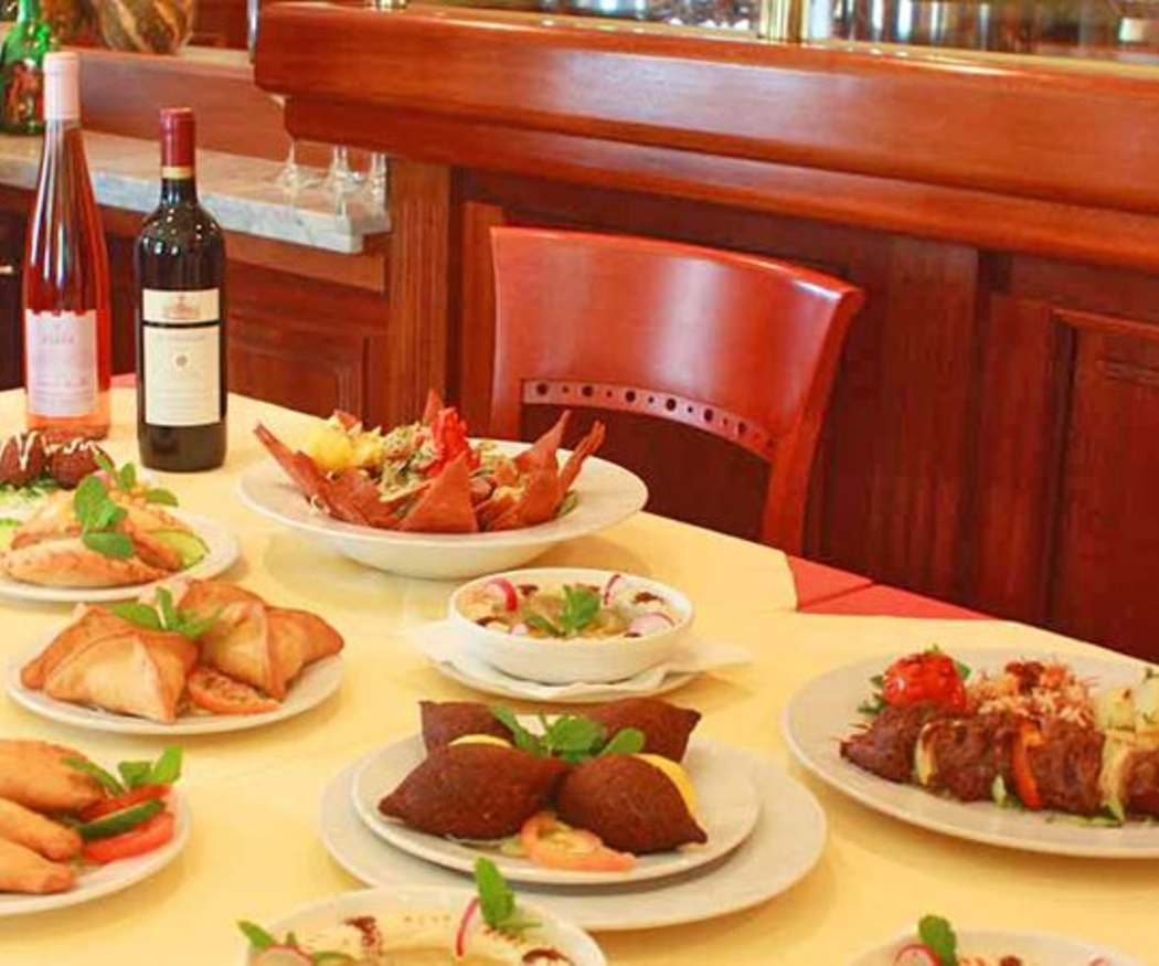 Elaboración de Kibee, plato nacional del Líbano