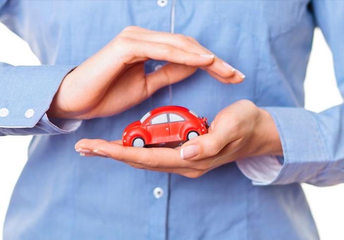 Automóvil: Correduría y asesoría de Seguros Vázquez Montequinto