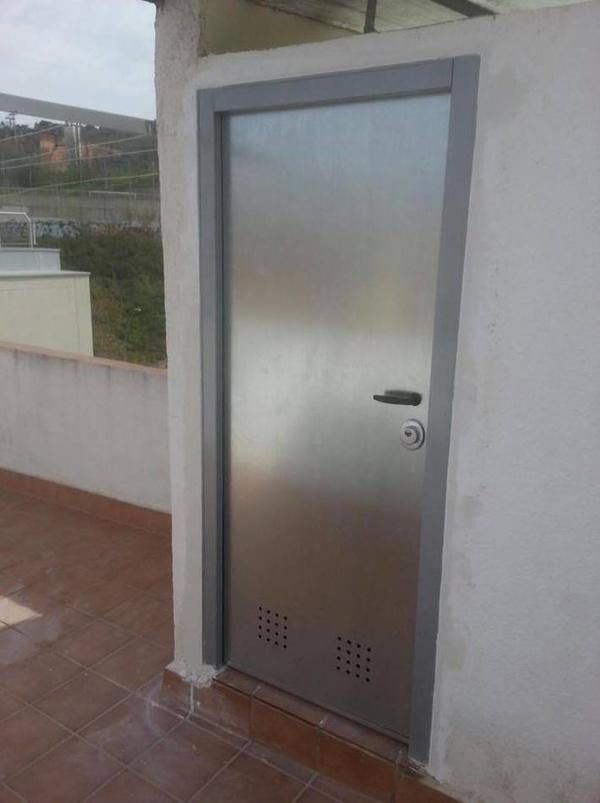 0.Puerta Acorazada Trastero: Productos de Puertas Miret