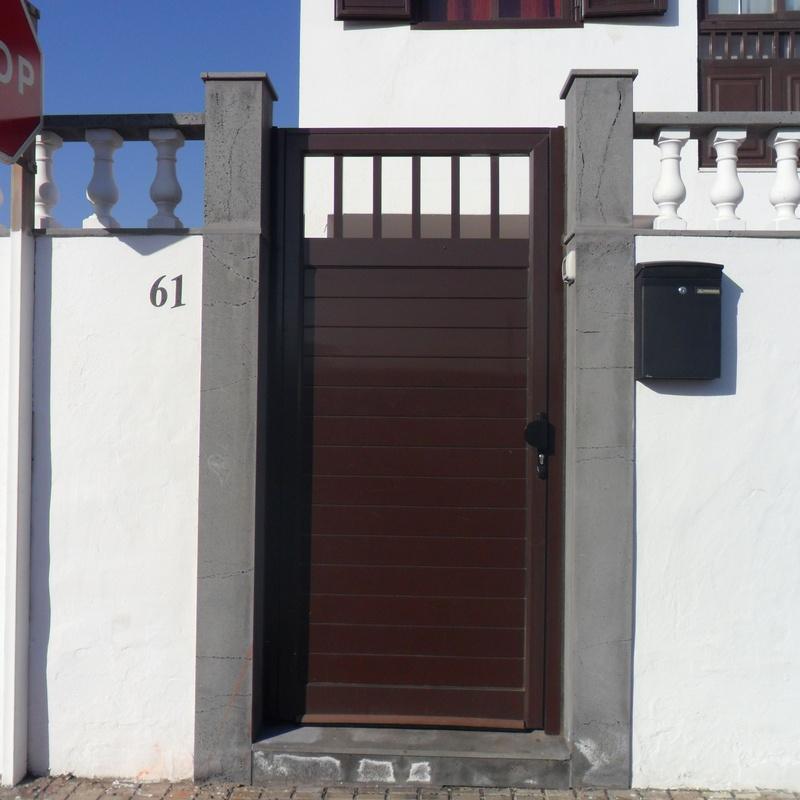 Puertas y cancelas: Productos y servicios de IndusPHal