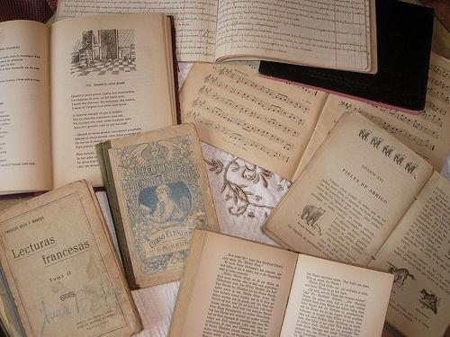 Fotos de Librerías en Santiago de Compostela   Librería Follas Vellas
