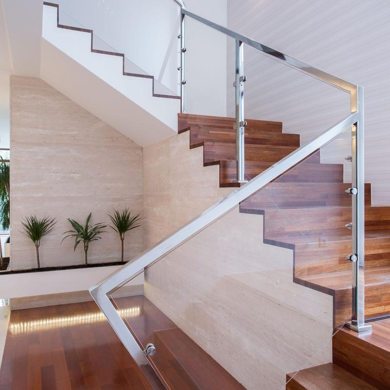 Limpiezas de escaleras: Servicios de Servineteja