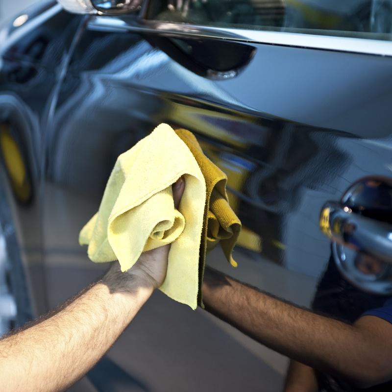 Limpieza integral de vehículos: SERVICIOS Y STOCK DE COCHES de Vaquerizo Motor