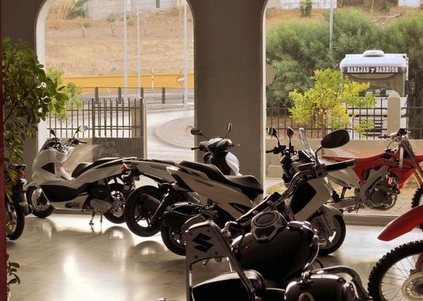 Tiendas de motos en Algeciras con disponibilidad de comprar motos