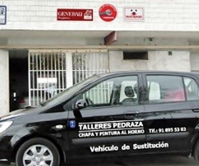 Coche de sustitución: Servicios de TALLERES PEDRAZA
