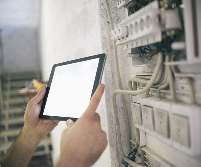 Gestión y control de instalaciones: Servicios de Carlos Belda Instalaciones Eléctricas S.L