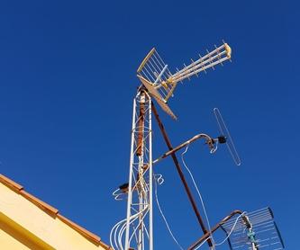 Servicio urgente 24 horas y festivos: Servicios de Mantenimiento e Instalaciones Eléctricas DHT