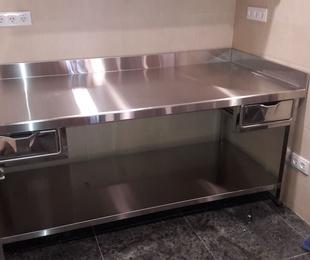 Fabricación, diseño e instalación de mobiliario para hostelería a medida