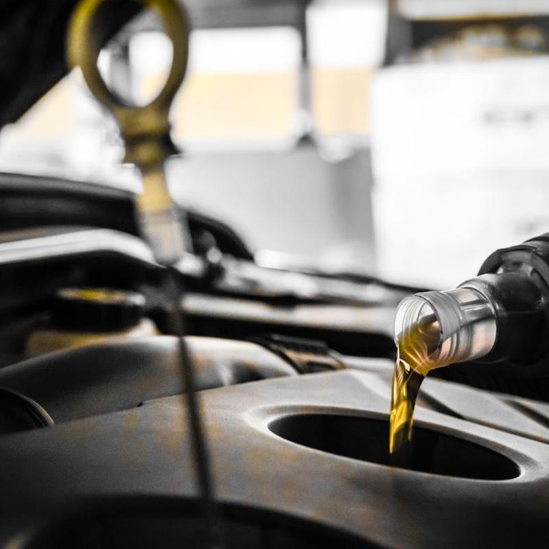 Cambio de aceite.: Catálogo de Newash Bilbao