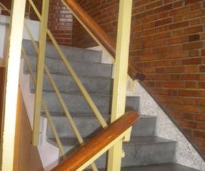 Limpieza escaleras comunidades