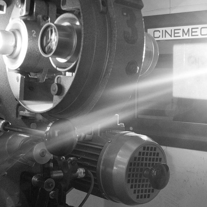 Luces, cámara, acción: los porches de madera en el cine