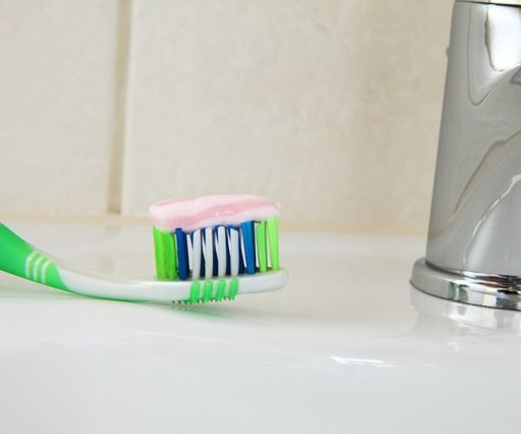 ¿Cepillo de dientes manual o eléctrico?
