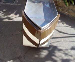 Mueble expositor en forma de barco diferentes medidas
