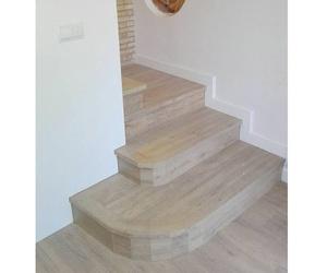 Suelos y escaleras en maderaa