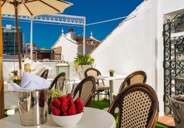 Marbella – Hotel / Ref.- ID-R3198751
