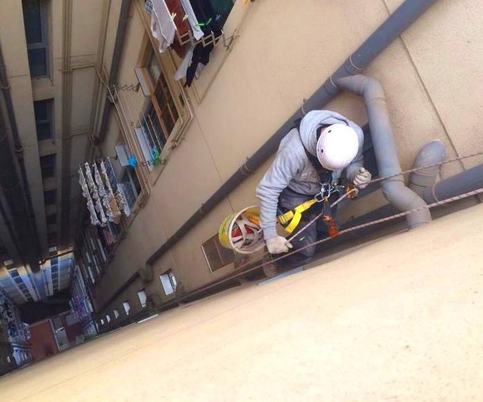 Trabajos Verticales: Servicios de Rehabilitar BCN