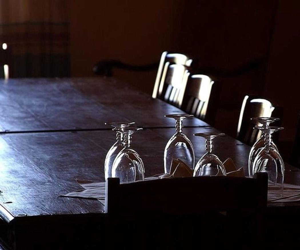 Cómo elegir la mesa perfecta para el comedor de tu casa