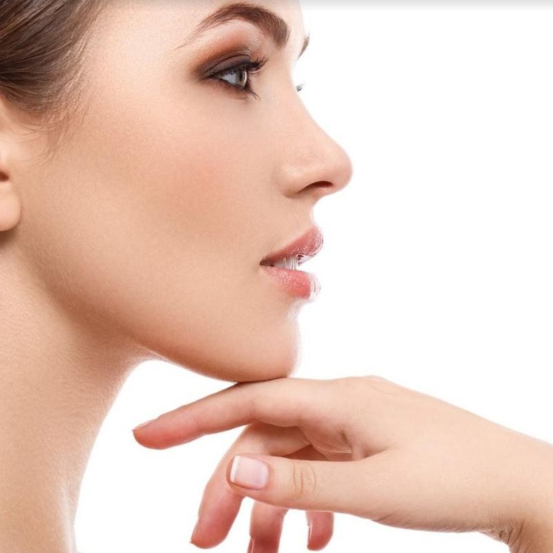 Unidad de estética facial: Tratamientos de estética de LUIS ÁLVAREZ DE CIENFUEGOS GOICOECHEA