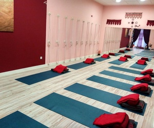 Galería de Centro de yoga en Madrid | Izel Yoga