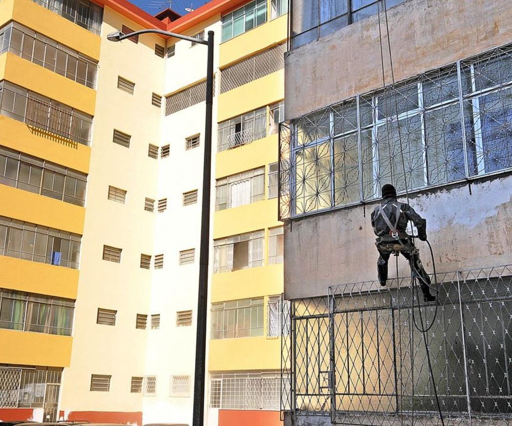 Rehabilitación de fachadas con aislamiento sate para ahorrar energía