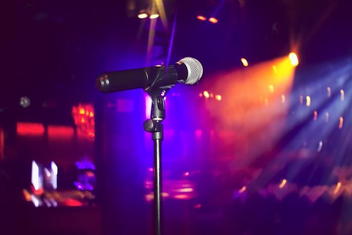 Karaoke: Servicios de La Uvi Bar de Copas