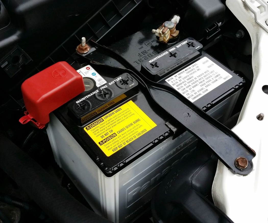 ¿Cómo se reciclan las baterías de los automóviles?