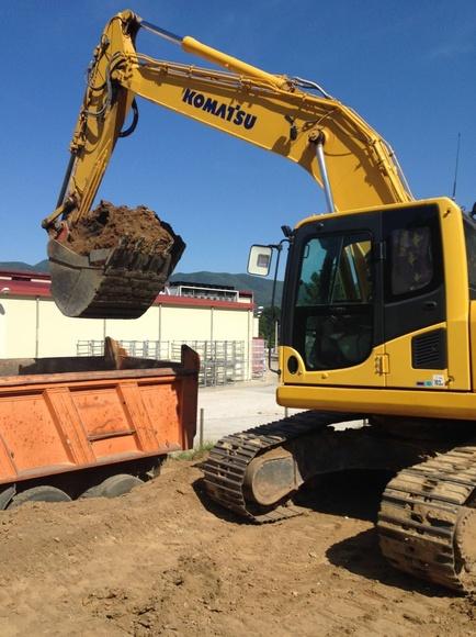 Excavaciones y rebajes: Servicios de CONSTRUCCIONS PERE MIQUEL, S.A.