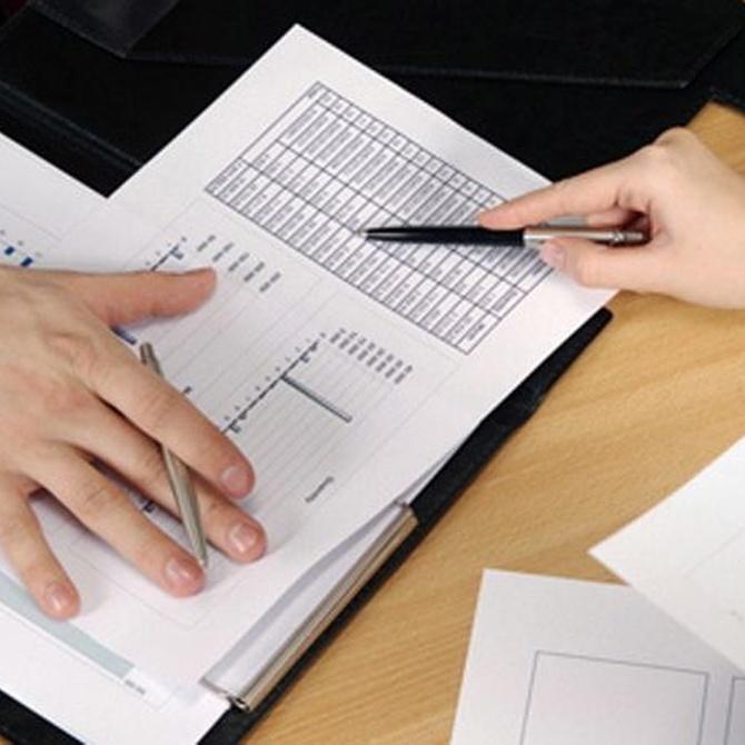 Realizar la declaración de la renta con ayuda de un asesor fiscal