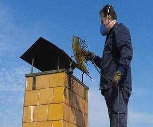 Limpieza chimenea método tradicional.