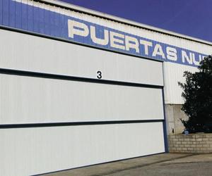 Puertas metálicas Gipuzkoa: Puertas Nueva Castilla