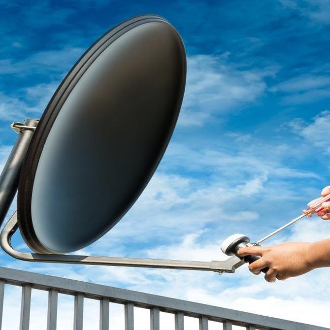 Orígenes y antecedentes de la TV por satélite en España