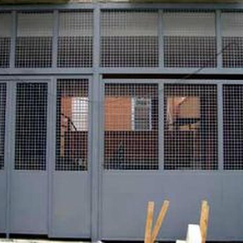Puertas basculante  : Catálogo de Metalsan