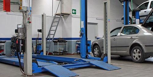 Taller mecánico con modernas instalaciones y los mejores equipos de diagnosis en Telde
