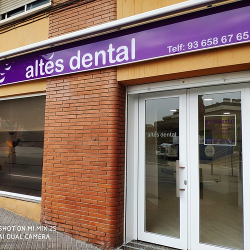 Clínica dental en Viladecans | Altes Dental
