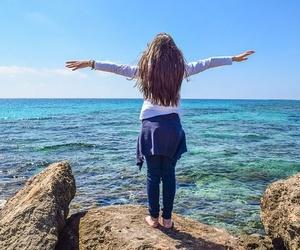 ¿Cómo curar y combatir la fibromialgia de forma natural?