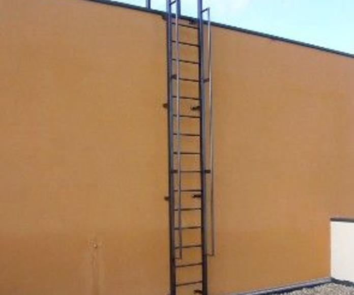 Escaleras: Productos de Cerrajería ACU, S.L.