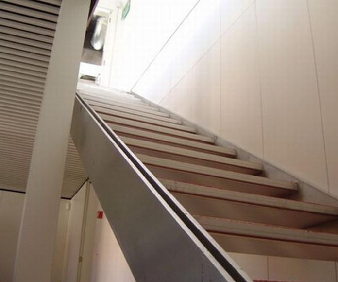 Escaleras III: Productos de Talleres Iniesto