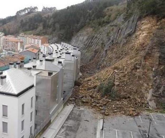 Desprendimiento de ladera en Ondarroa