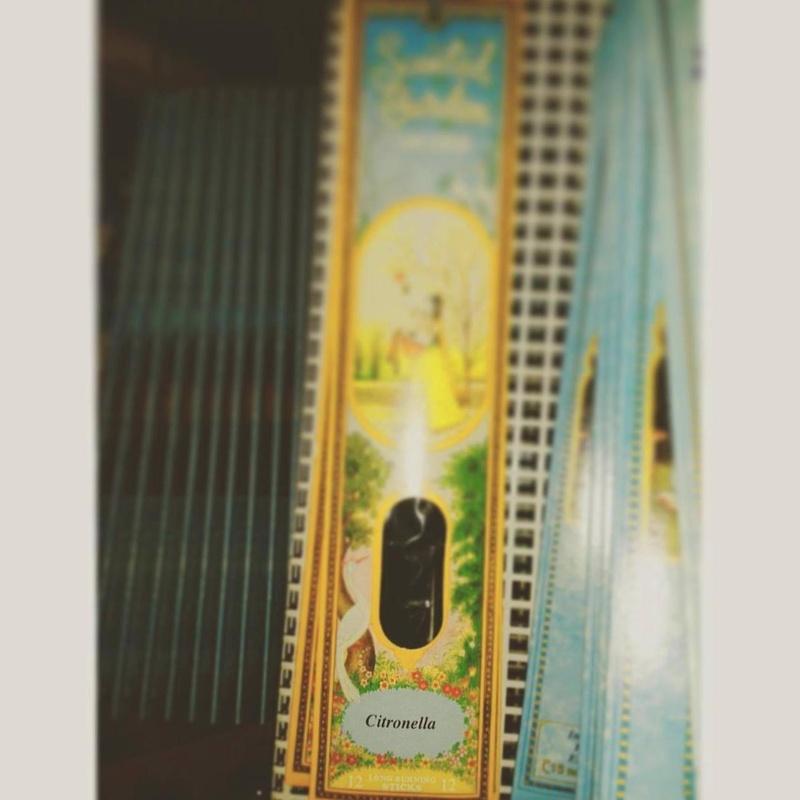 Citronella: Cursos y productos de Racó Esoteric Font de mi Salut