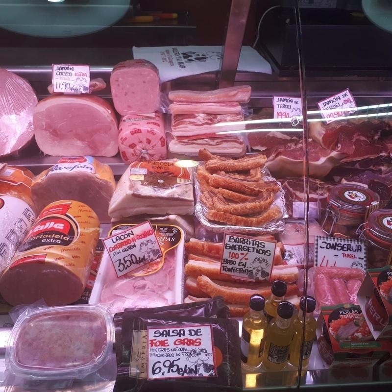 Embutidos: Productos y servicios de Carnicería Charcutería Valero y Marimar