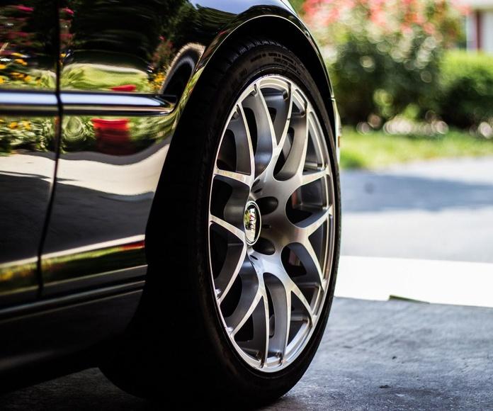 ¡Verifica la presión de tus neumáticos!