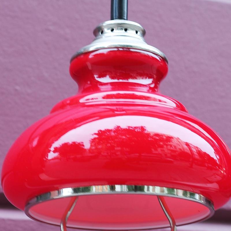 Lámpara opalina roja vintage REF: LAM380:  de Ruzafa Vintage
